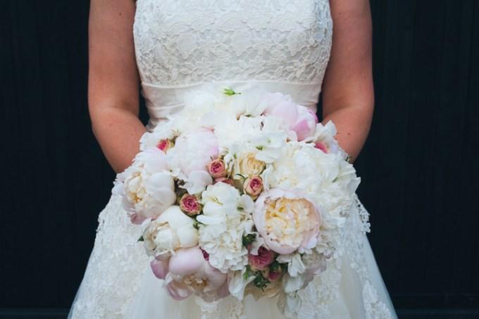 Wedding Bouquets Northamptonshire : Diy pub wedding in northamptonshire by babb photos