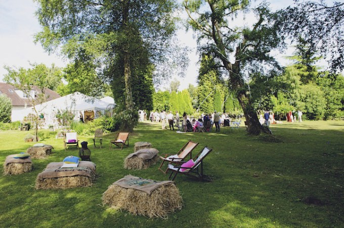 31 Rustic Garden Party Wedding By Candid & Frank Photography