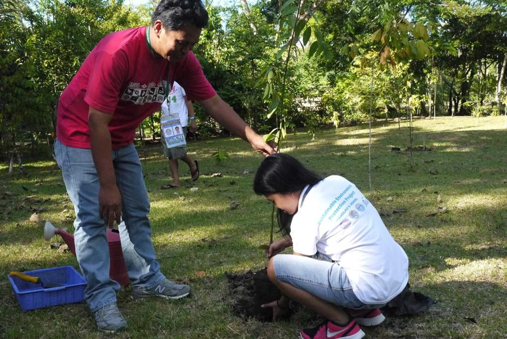 tree-planting-ecotour