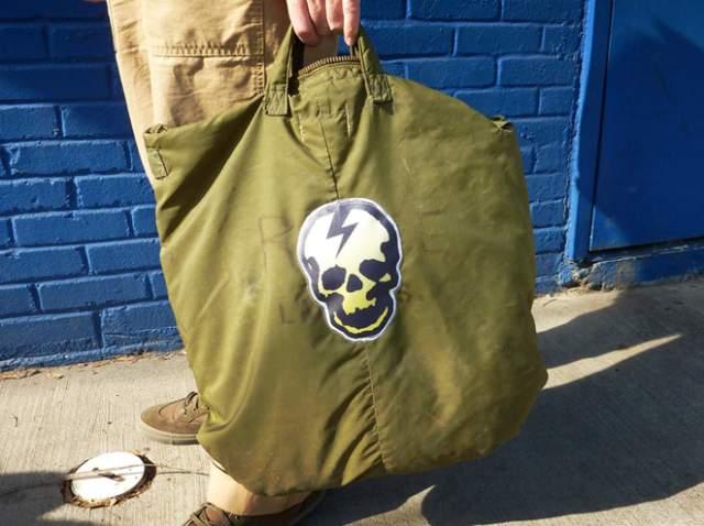 battlewornhelmetbag.jpg