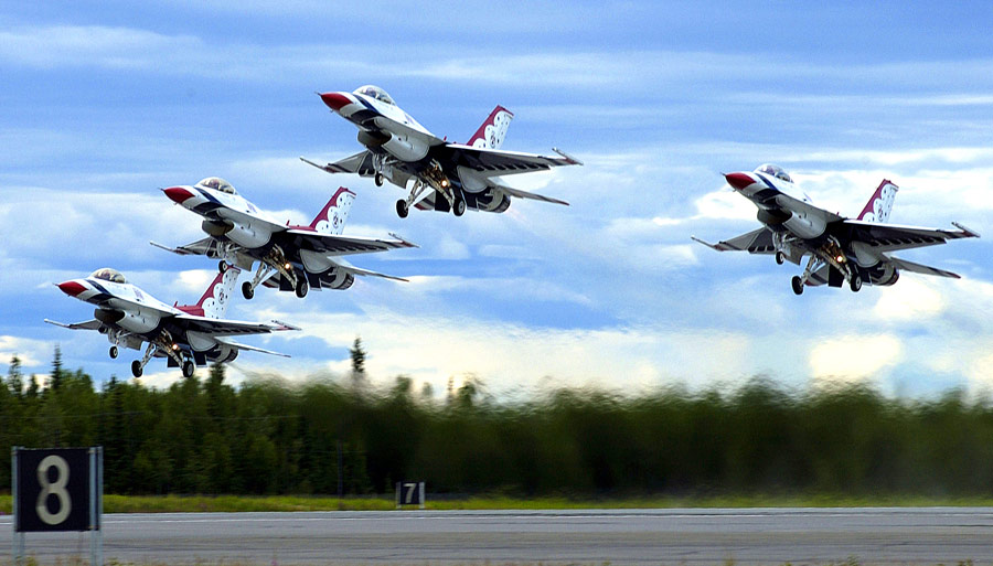 Commercial Pilot Wallpaper Hd Every Jet Flown By The Usaf Thunderbirds Boldmethod
