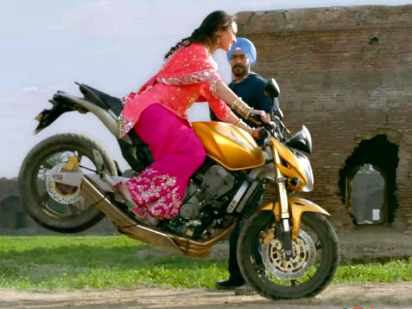 Girl Punjabi Suit Wallpaper Biker Girls Gang From Bollywood Boldsky Com