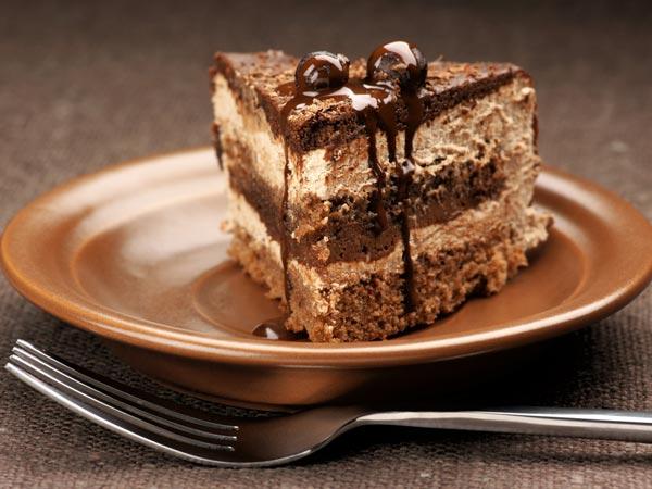 Delicious Cake Recipes For Christmas - Boldsky.Com