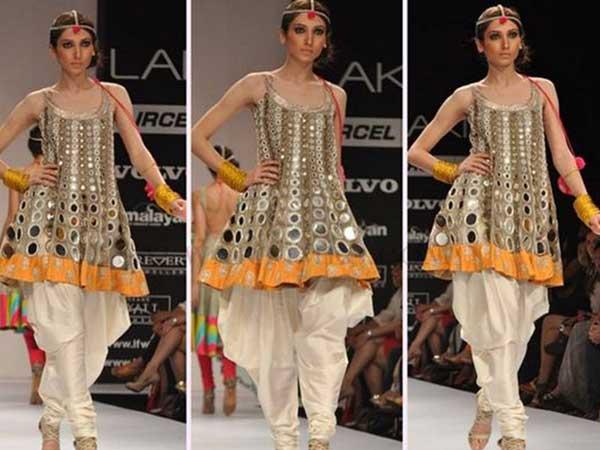 Navratri Special 7 Gujarati Mirror Work Dresses To Nail