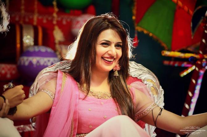 Yeh Hai Mohabbatein Hd Wallpaper Divyanka Tripathi S Mehendi Design Is Something You Have