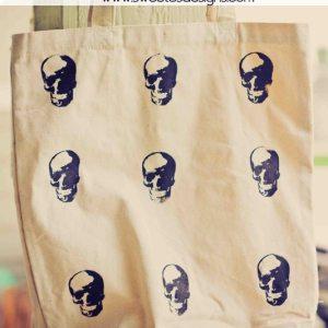 skull screen printed tote