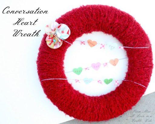 Conversation Heart Wreath 04001