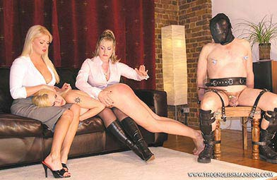 dominant wife submissive husband