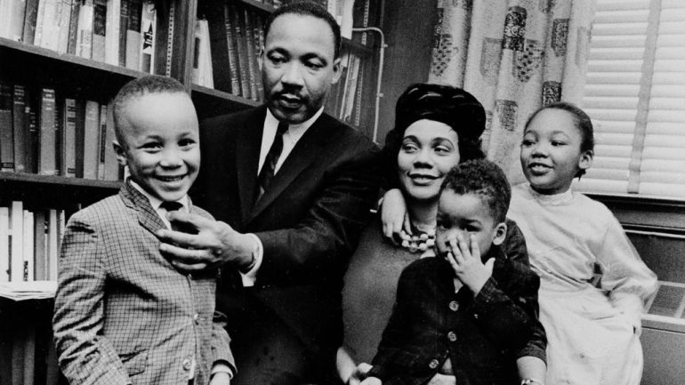 Dr. Martin Luther King Jr. (et sa femmCoretta Scott King)