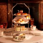 English Tea Room - Brown's Hotel - London (photo gifts.skchase.com)