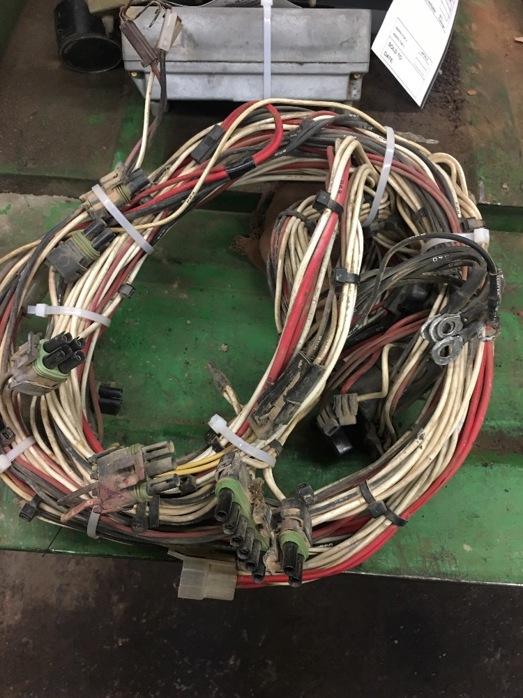 1964559C1 - CASE/CASE IH 7140 Wiring Harness Bootheel Tractor Parts