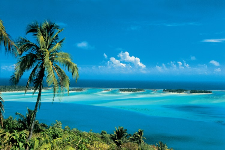 Great sightseeing and photo opportunities abound on Bora Bora.