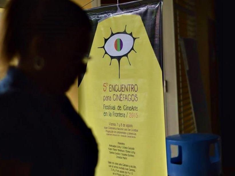 Mirada lateral al quinto Encuentro para Cinéfagos
