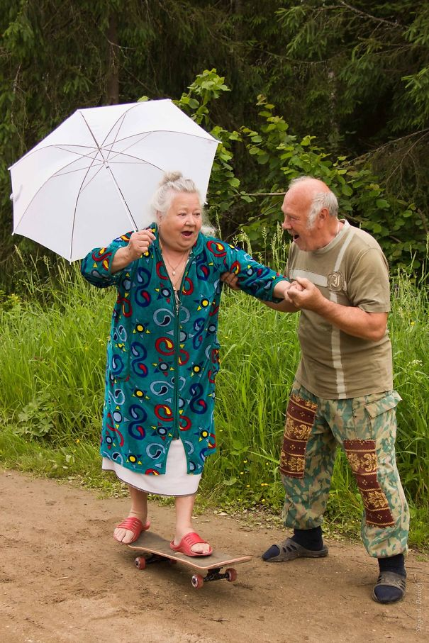 parejas-ancianas-divirtiendose (10)