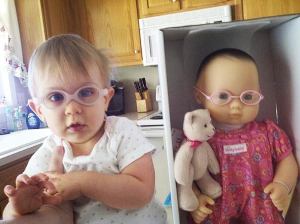 parecidos-razonables-bebes-munecos (4)
