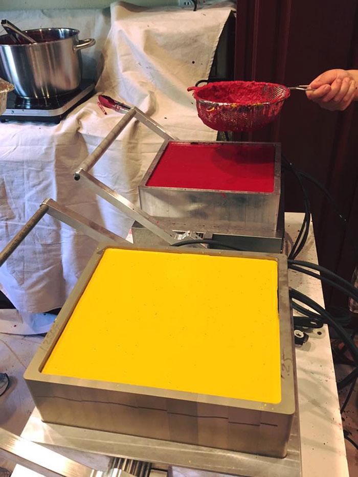 iniciativa-crayon-reciclaje-ceras-colores-hospitales-bryan-ware (3)