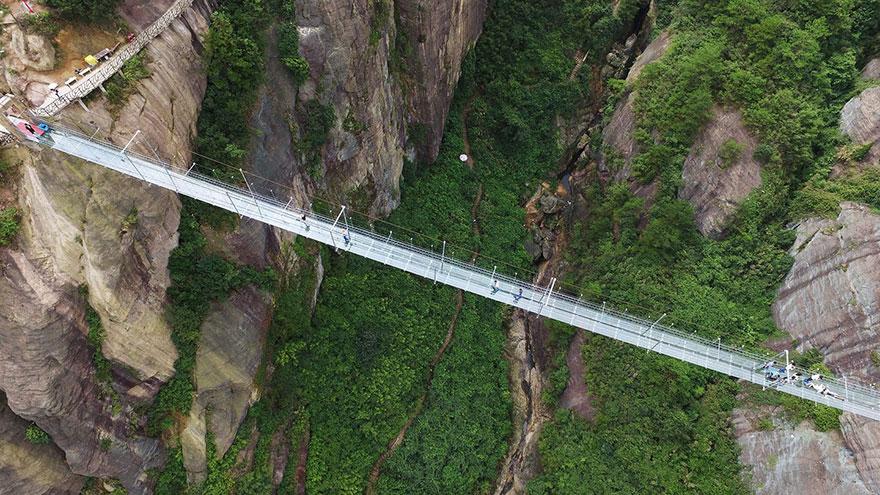 puente-suelo-cristal-hunan-china (6)