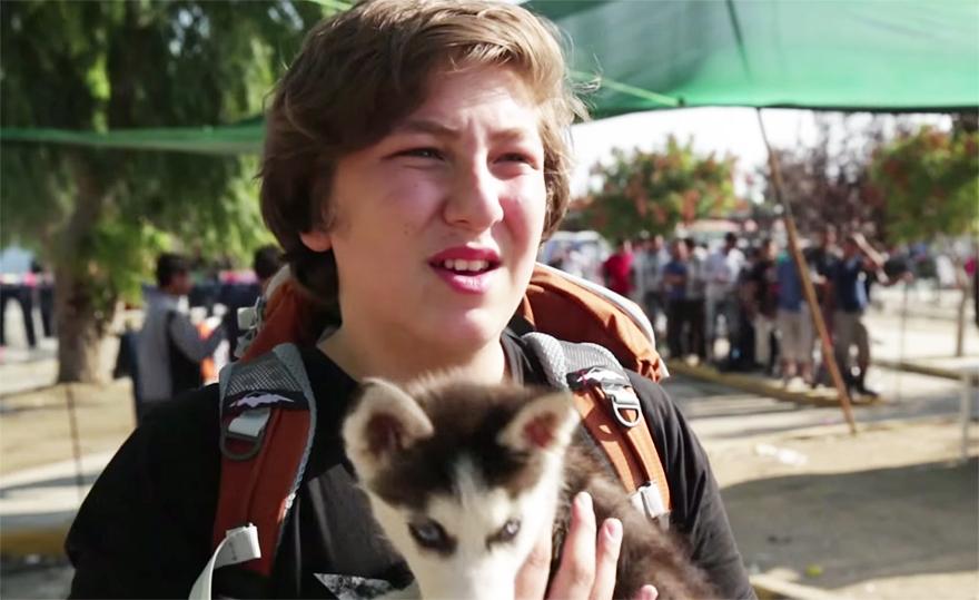 refugiado-sirio-aslan-viaje-grecia-perro-rose (3)