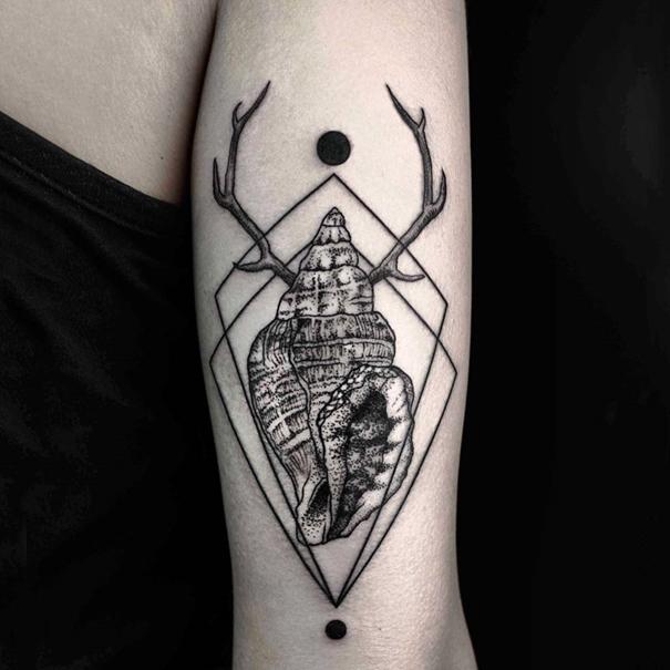 tatuajes-geometricos-minimalistas-okan-uckun (2)