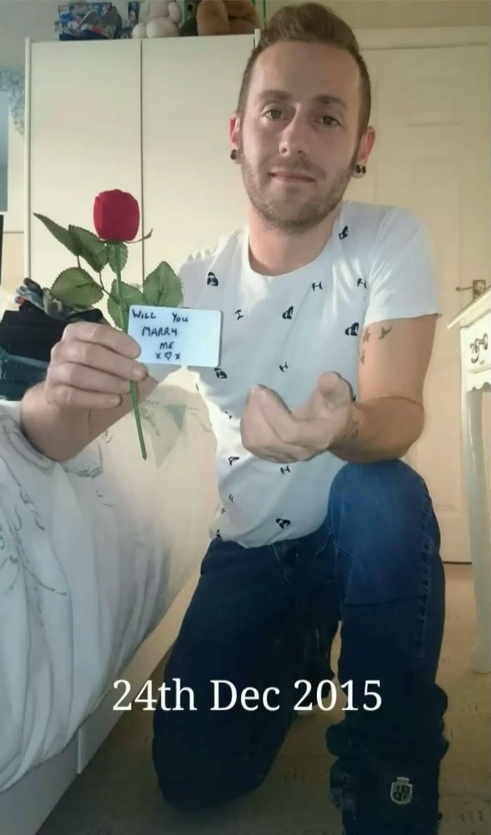fotos-propuesta-matrimonio-escondida-ray-smith-claire-bramley (11)