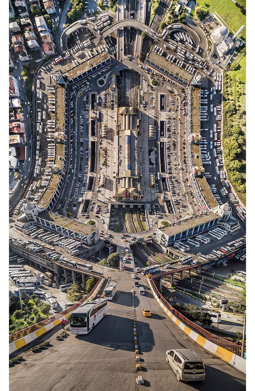 paisajes-surreales-distorsionados-estambul-aydin-buyuktas (2)