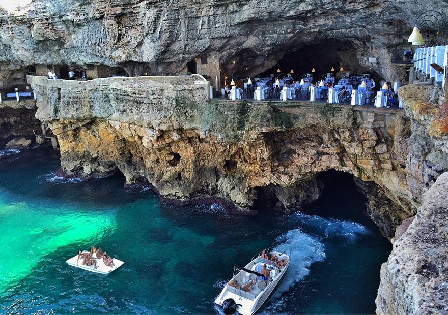 restaurante-cueva-grotta-palazzese-italia (9)