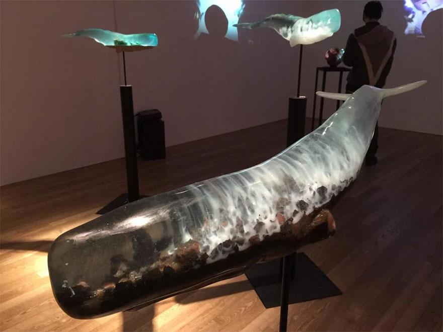 ballenas-resina-translucida-samsara-isana-yamada (3)