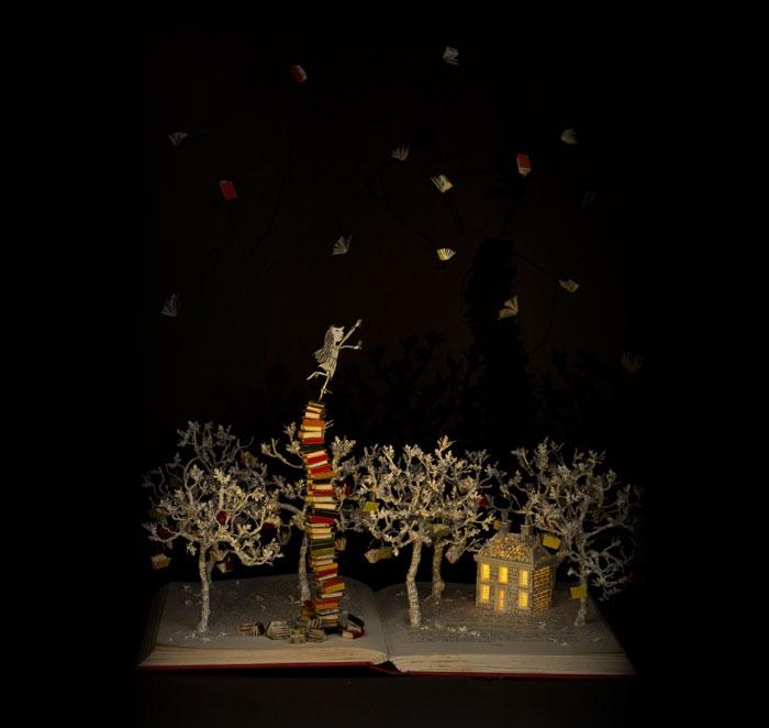 esculturas-iluminadas-libros-viejos-moradas-su-blackwell (7)