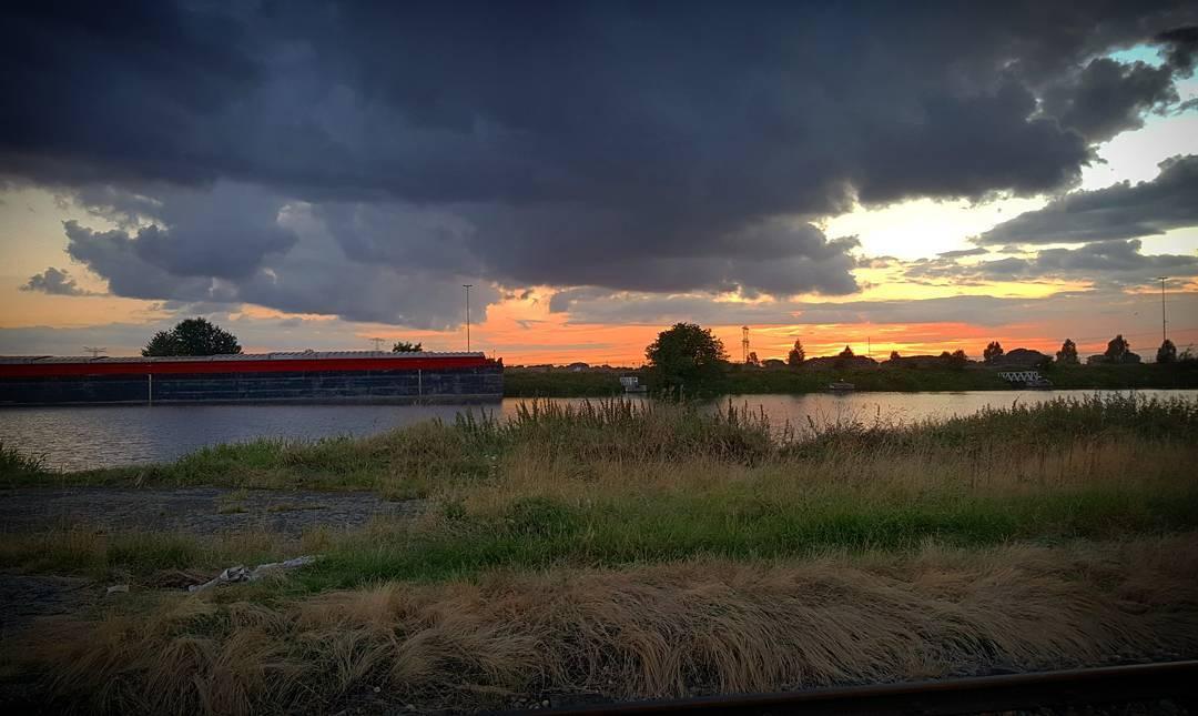 Mooie zonsondergang vanavond in #Buchten .