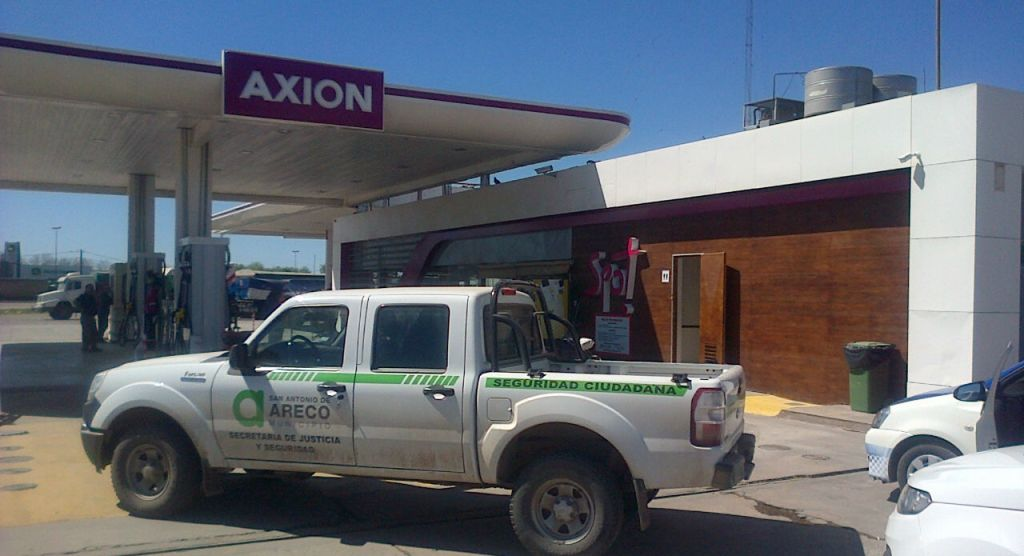 Estación de servicio Axion