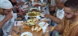 افطار جماعي في مسجد الانصار في بوسعادة