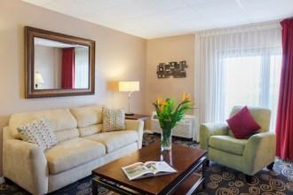 King Suite - Regency Hotel