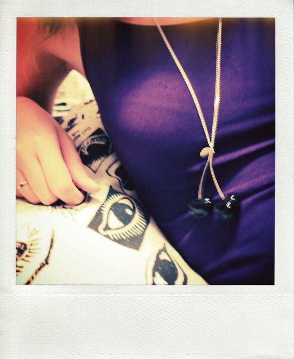 purple tank top cherry necklace cerise collier cerises noir noires black