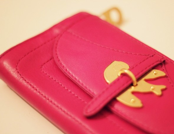 Marc By Marc Jacobs metal to the petal purse pink fuschia 2011 2012_effected-001