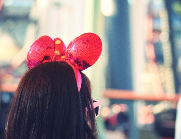 -hat minnie mickey disneyland anaheim californie california_effected