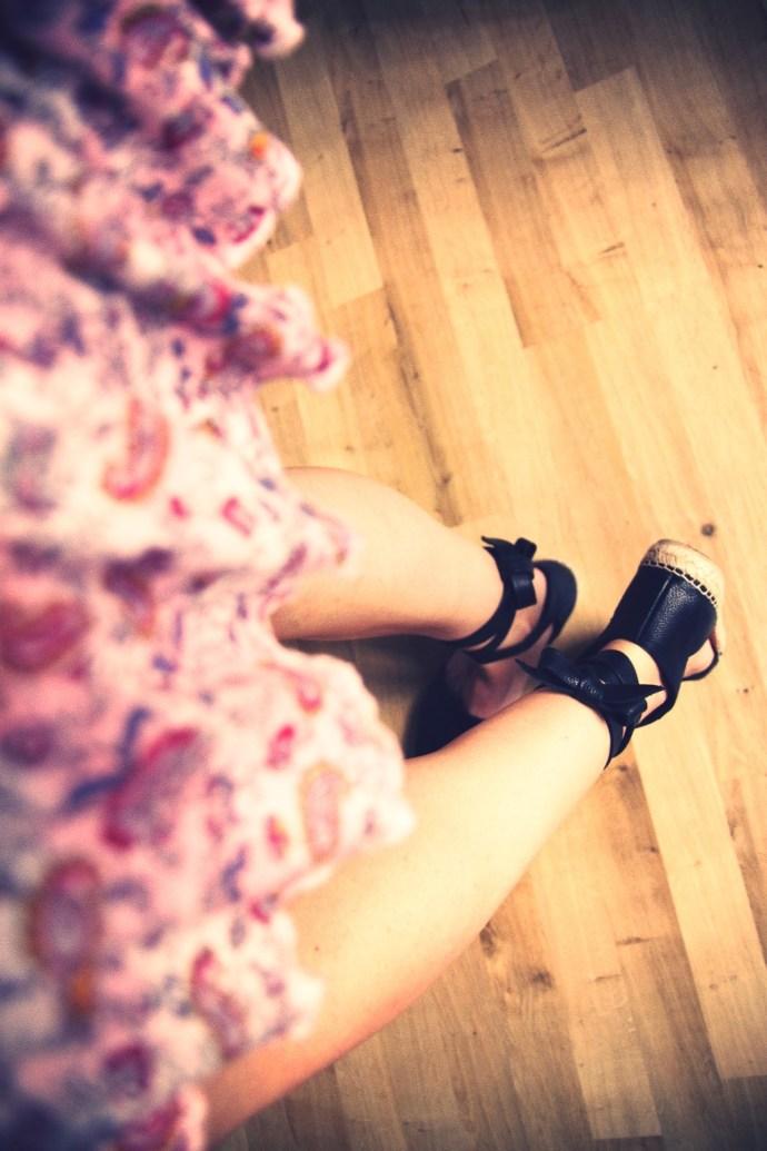 espadrilles_yves_saint_laurent_ysl_leather_chanel_cuir_luxe_2016_luxury_flats_shoes_espadrille_alpargatas_chaussures_été_summer_effected