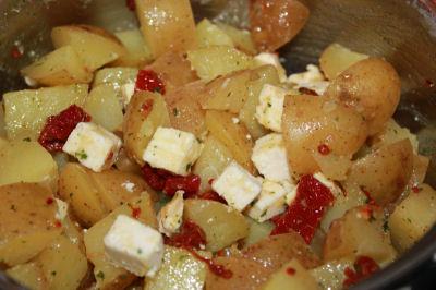 Snabb italiensk potatissallad med olja