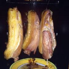 こないだ作った猪ベーコンがおいしかったので自慢する。