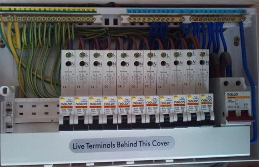 Uk Electrical Fuse Box Wiring Diagram