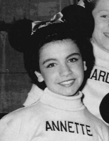 466px-The_Mickey_Mouse_Club_Mouseketeers_Annette_Funicello_1956