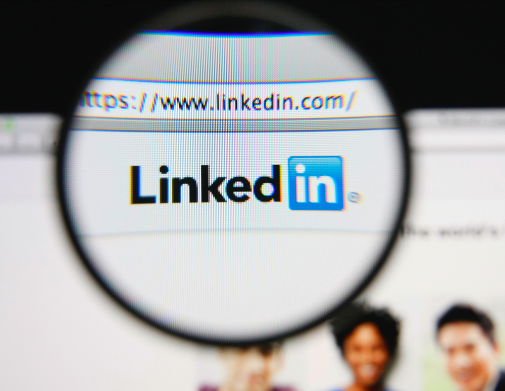 LinkedIn opens Influencer posting to more users Brafton