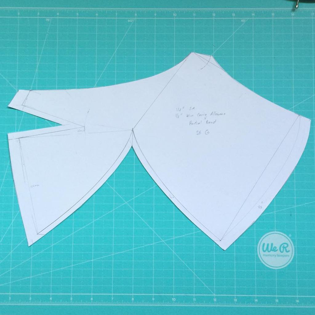 Ok I managed to fit it on that same piece of paper. It's a much larger cup than I'm used to drafting. #bramakingsupplies #girlboss #etsy #lingerie #bramaking