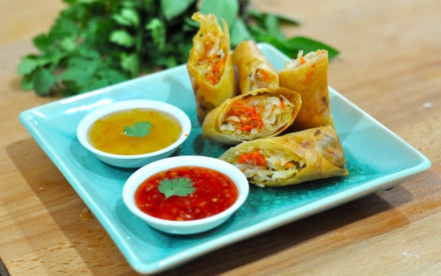 Spring Rolls With Shredded Cabbage, Mushrooms, And Tofu Recipes ...