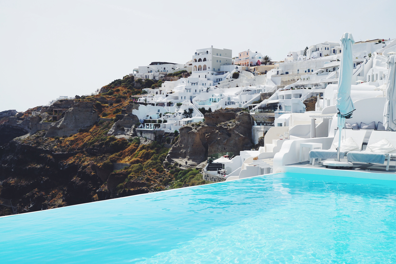 Best Hotels In Santorini Oia