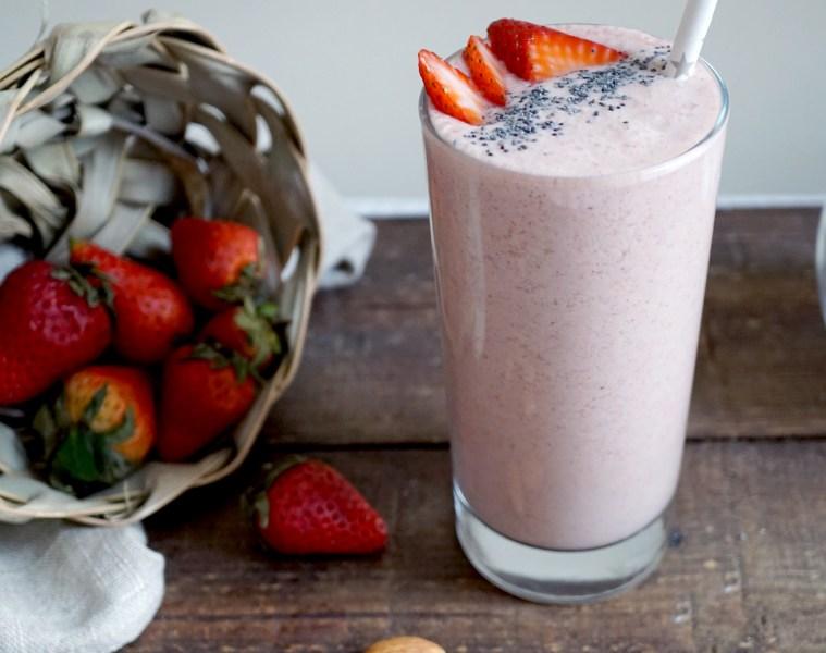 Vegan Strawberry Milkshake Recipe