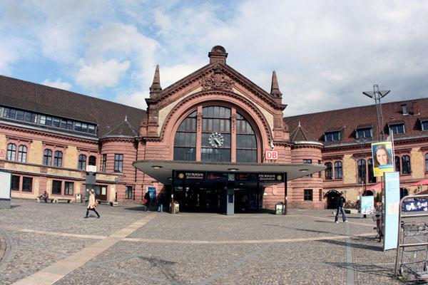 Der Hauptbahnhof eignet sich ideal als Startpunkt für eine kleine Tour