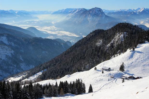 Blick zurück auf die Ritzau Alm und Kufstein