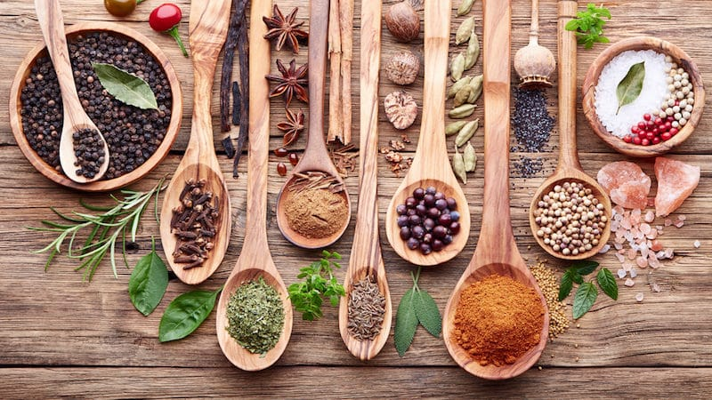 How to Properly Add Herbs and Spices To Your Homebrew