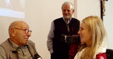 Tino Brambilla intervisto con la spalle Walter Consonni autore del libro dedicato al grande pilota monzese