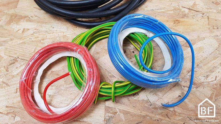 Quelle couleur de fil électrique  conseils élec - Bricolage Facile - Couleur Des Fils Electrique